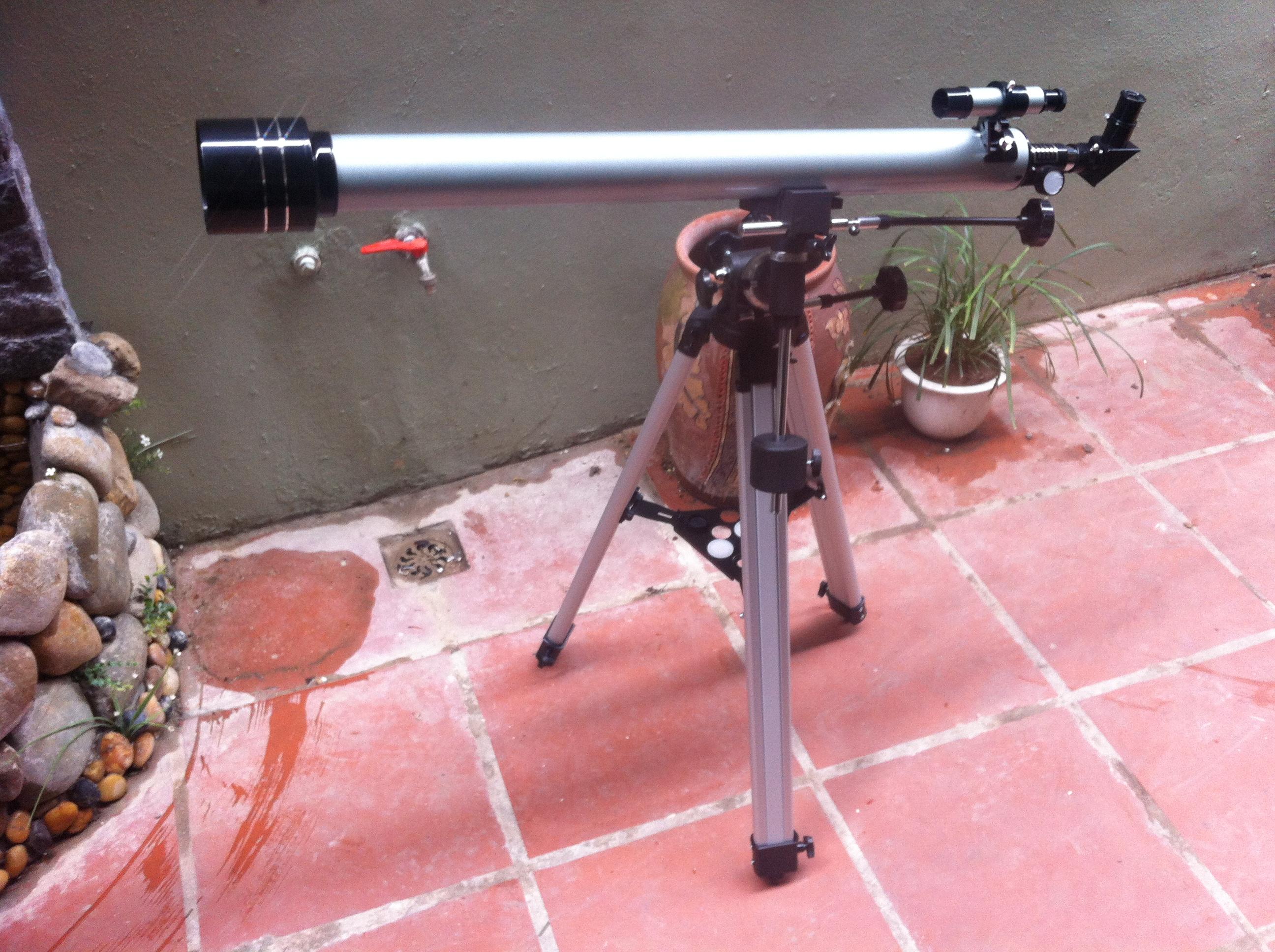 Kính thiên văn khúc xạ 60F900EQ 2