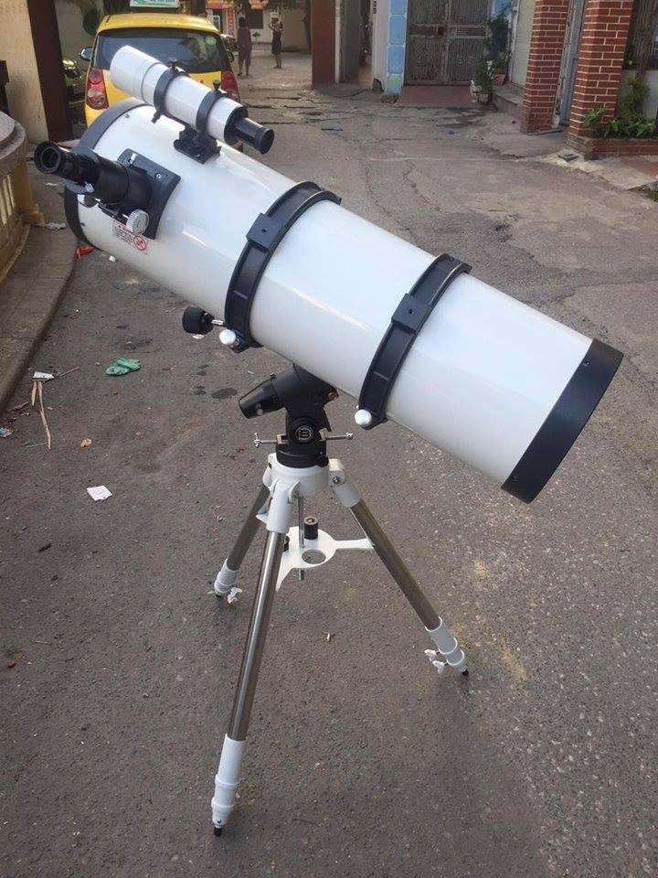 Kính thiên văn phản xạ Parabol 203F900EQ-6